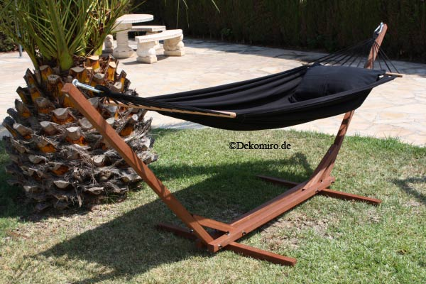 was zeichnet eine h ngematte mit holzgestell aus pictures. Black Bedroom Furniture Sets. Home Design Ideas